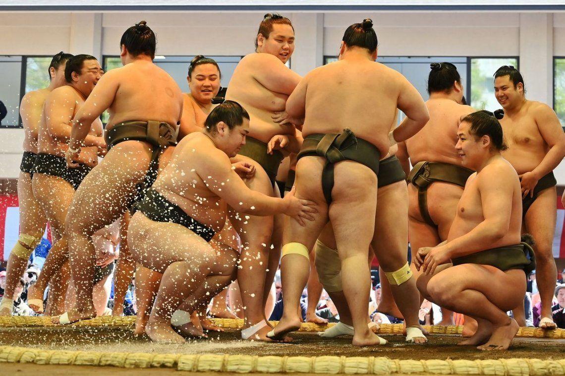 Las mejores fotos del Honozumo, una tradicional ceremonia japonesa