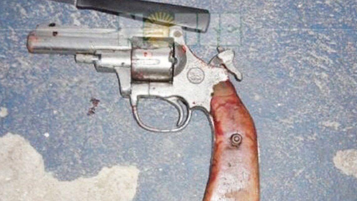 Mató a tiros a su mujer, hirió a su ex e intentó suicidarse