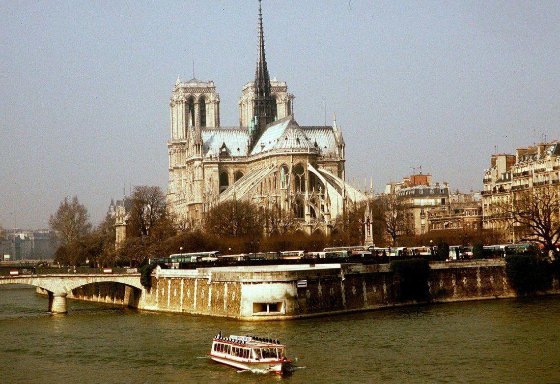 Recaudaron más de 800 millones de euros en donaciones para restaurar la catedral de Notre Dame