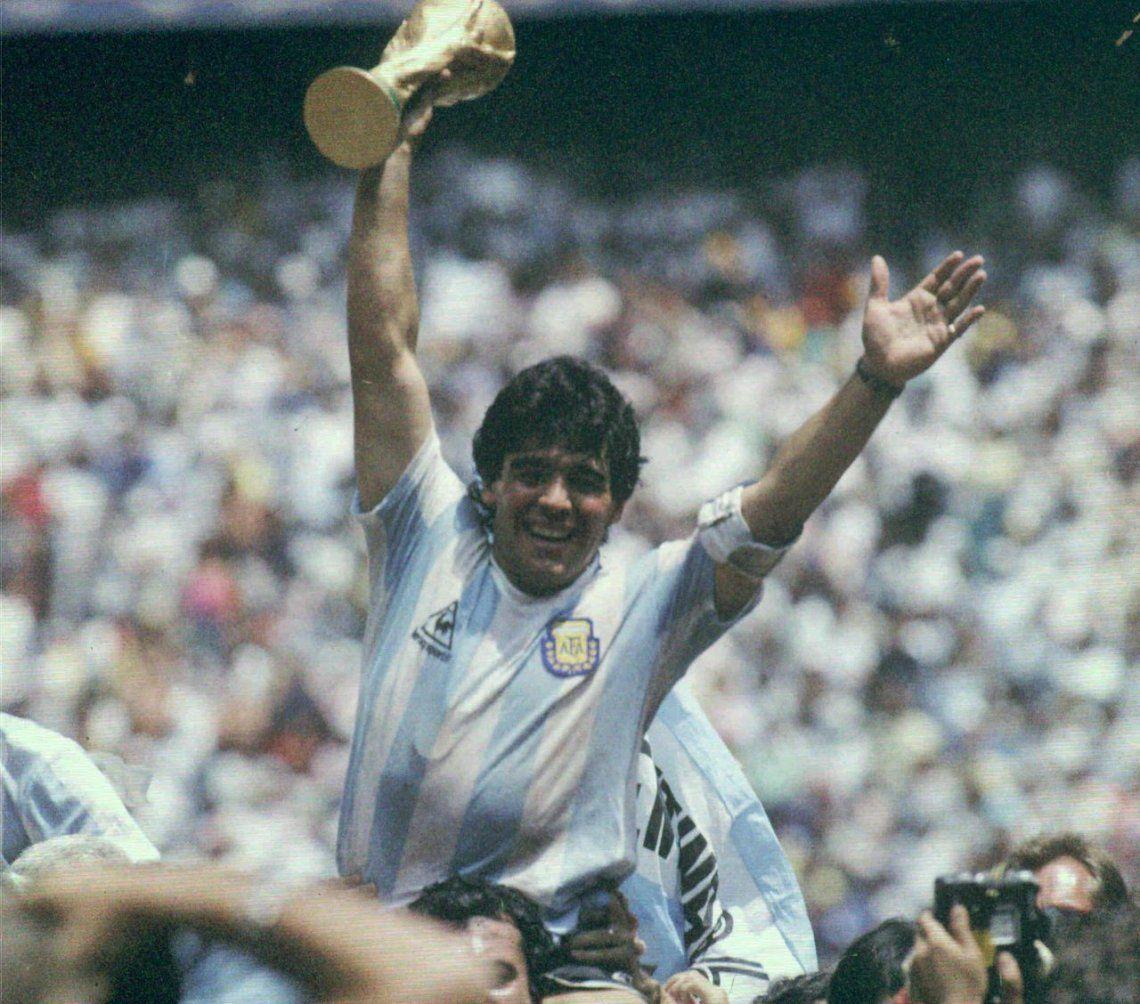 El documental sobre Maradona del director de Senna y Amy se estrenará en Cannes