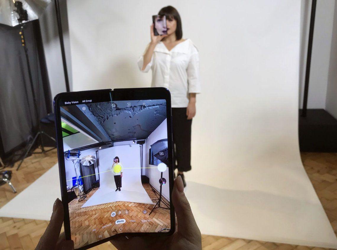 Finalmente, Samsung lanzará su smartphone plegable