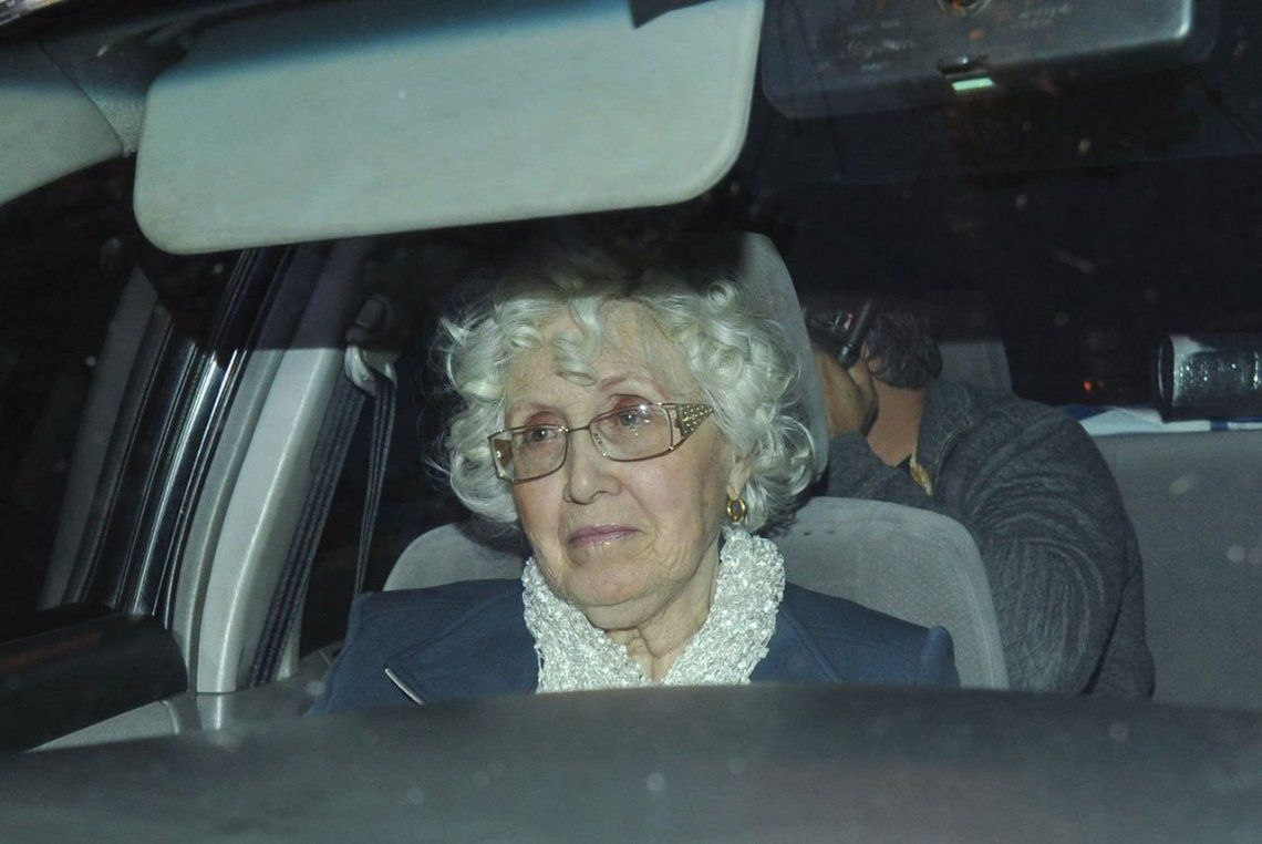 Murió Ofelia Wilhelm, la madre de Cristina Kirchner, que estaba internada en el Hospital Italiano de La Plata