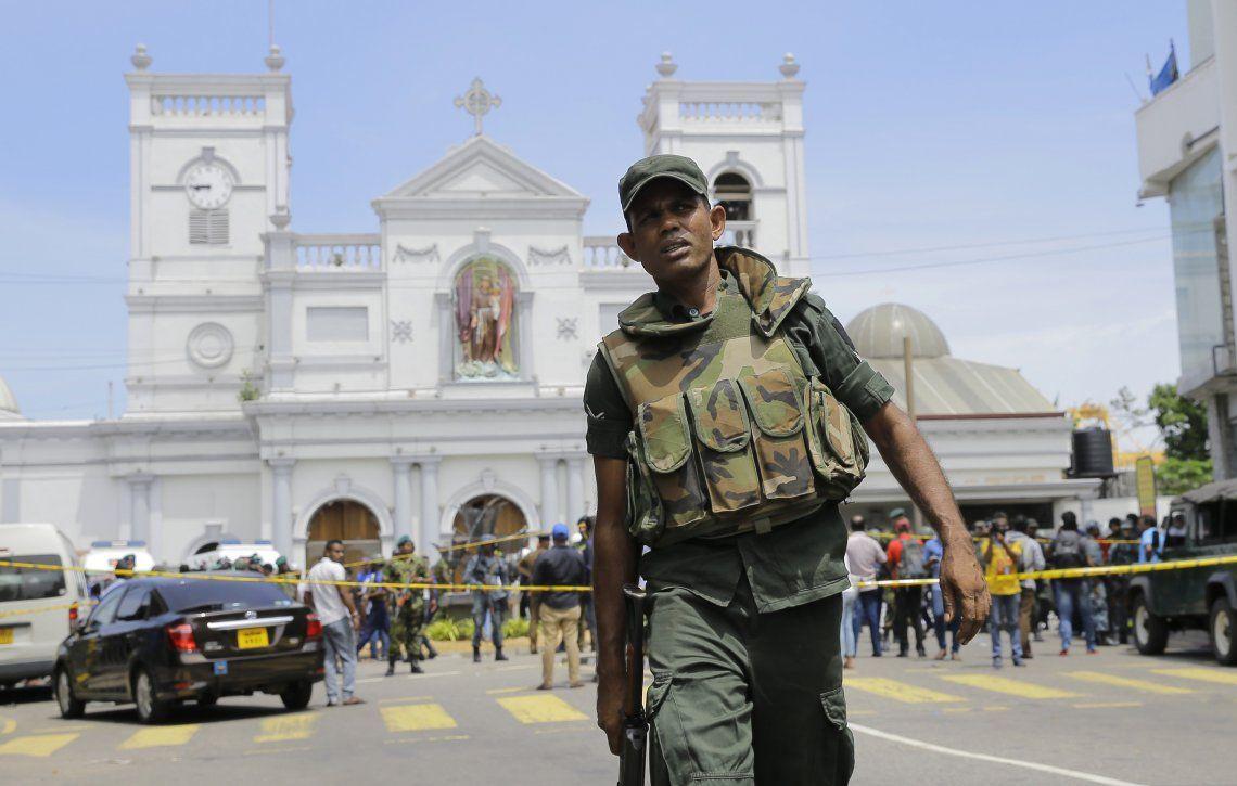 Sri Lanka: ocho detenidos por los atentados en los que murieron 200 personas