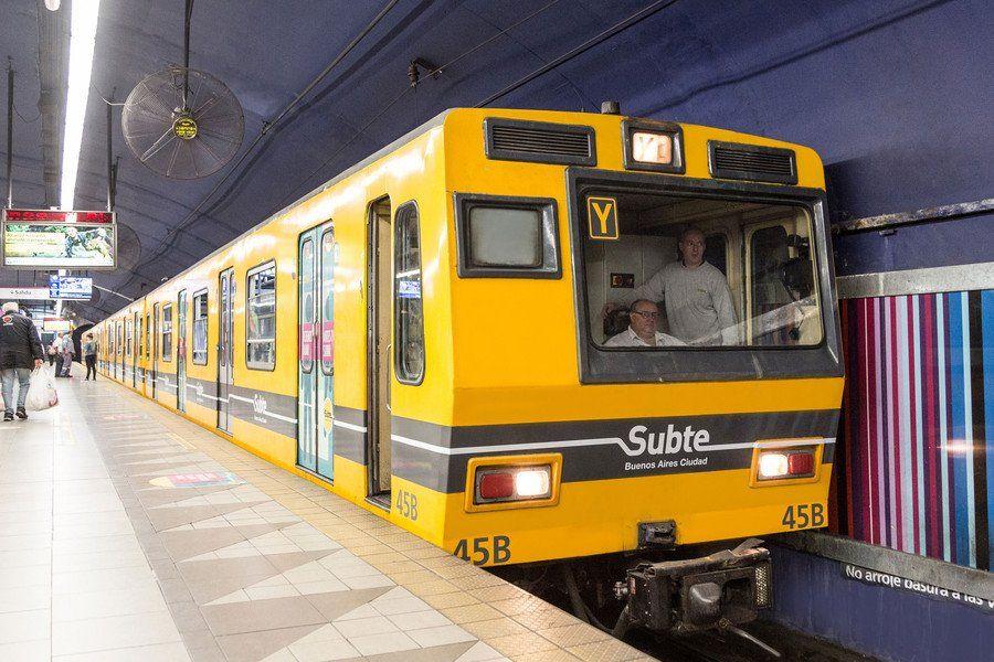 La línea E del subte prestará servicio con horario reducido