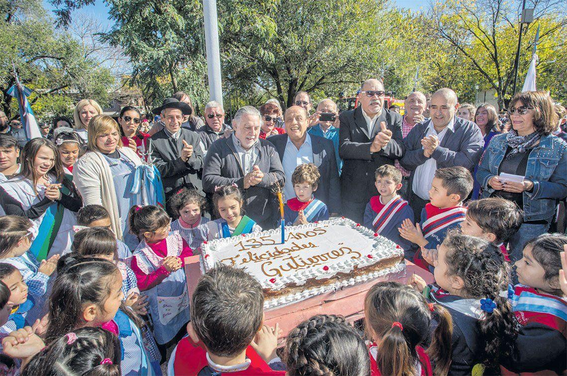 Berazategui: emotiva celebración por los 135 años de Gutiérrez