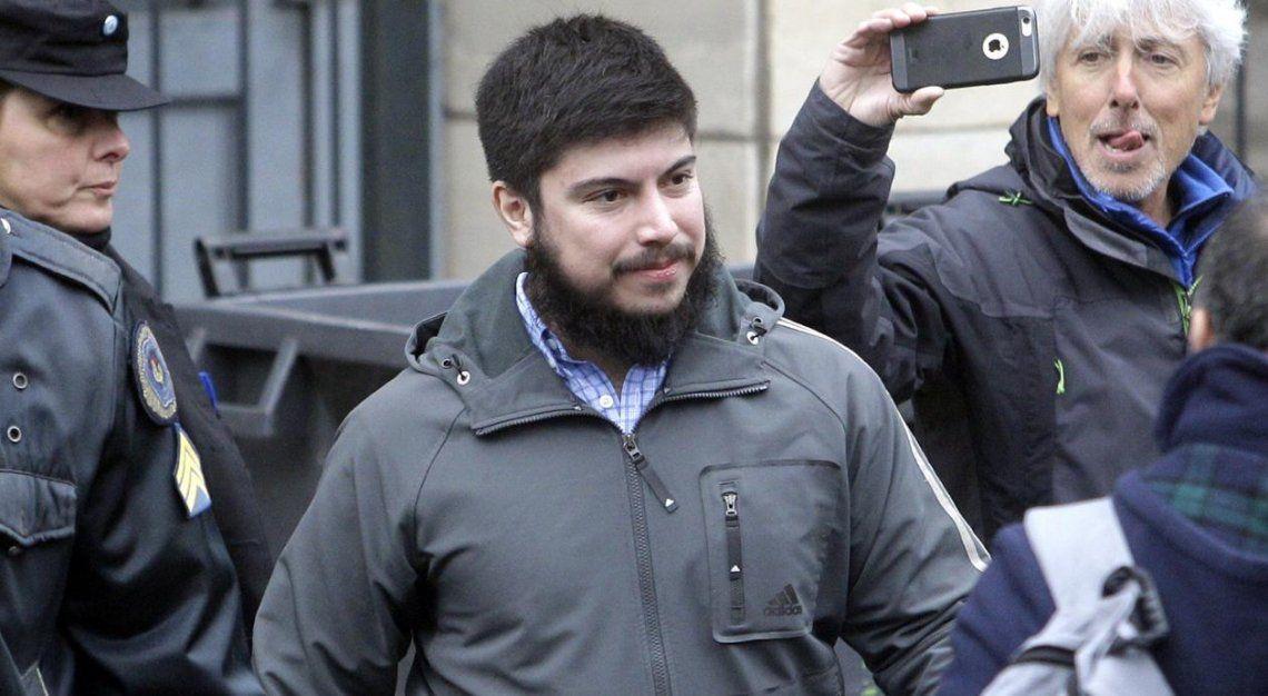 Declaró Leandro Báez: negó saber sobre cuentas off shore y dijo estar distanciado de su padre
