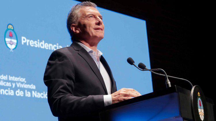 Mauricio Macri: Se está saliendo lentamente de la recesión