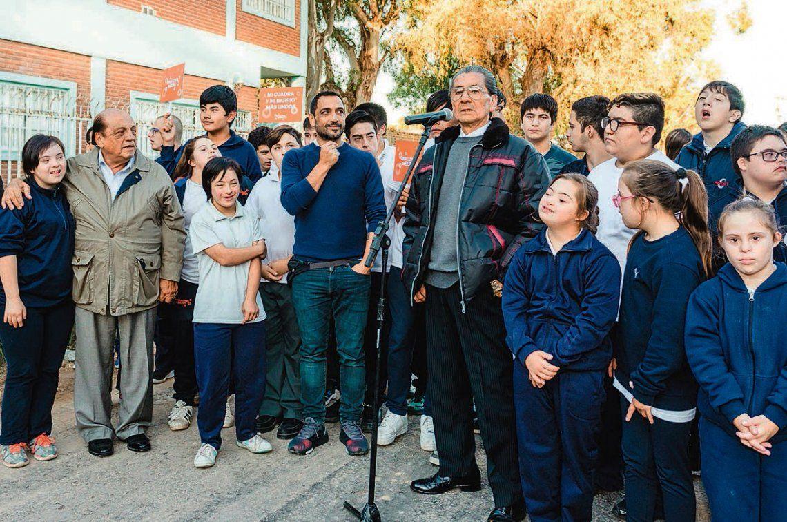 Berazategui: inauguración de obra de pavimento en Plátanos