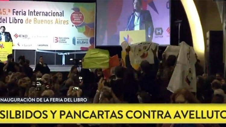 Pablo Avelluto y su discurso opacado por una protesta