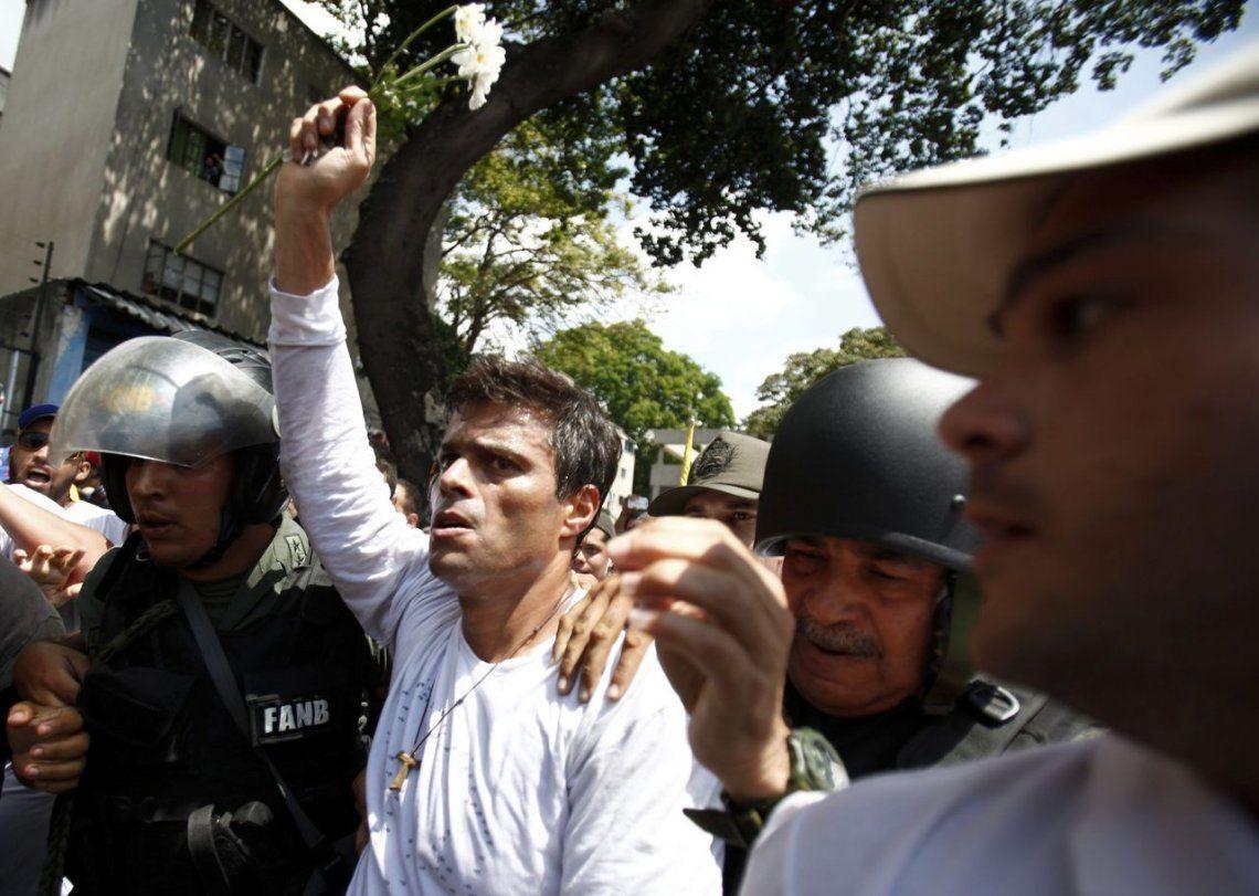 Venezuela en crisis: Leopoldo López ingresó a la embajada de Chile en Caracas