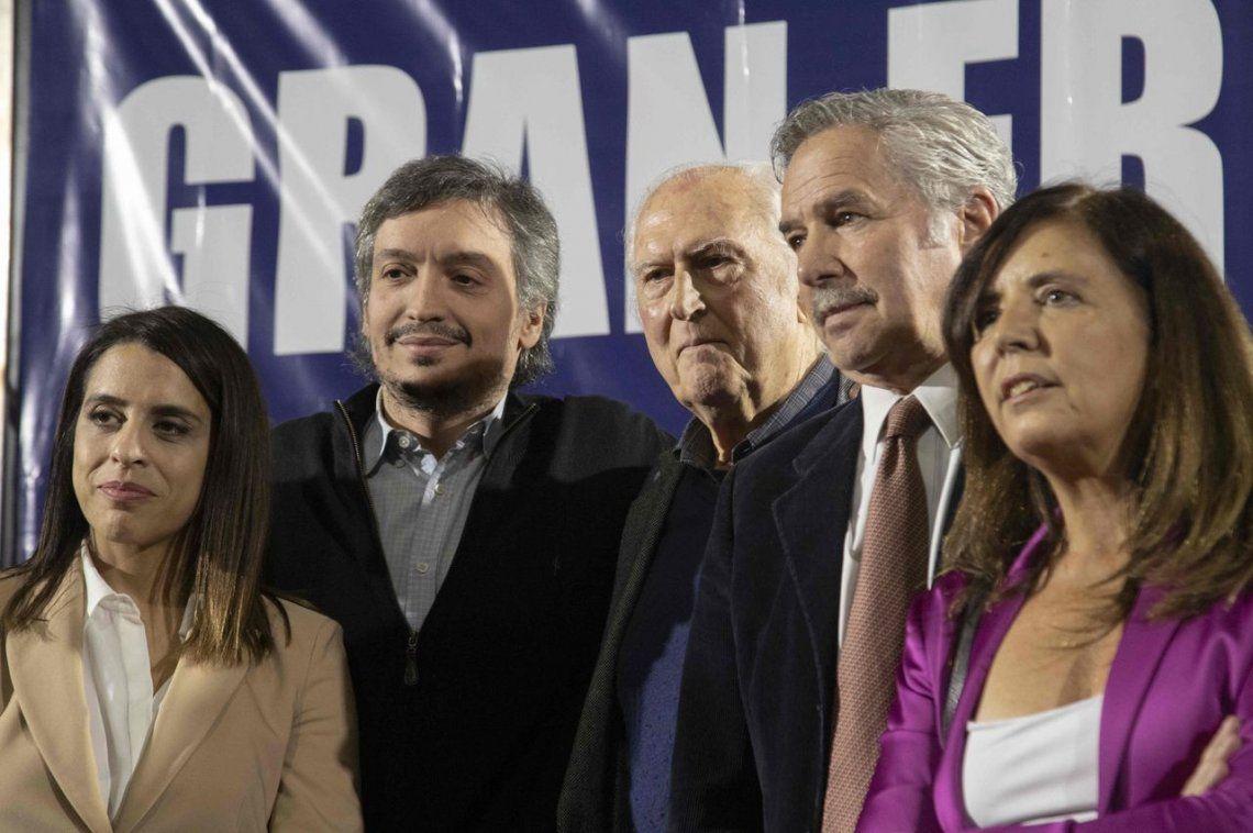 Máximo Kirchner y Pino Solanas formalizaron su pedido de un gran frente opositor