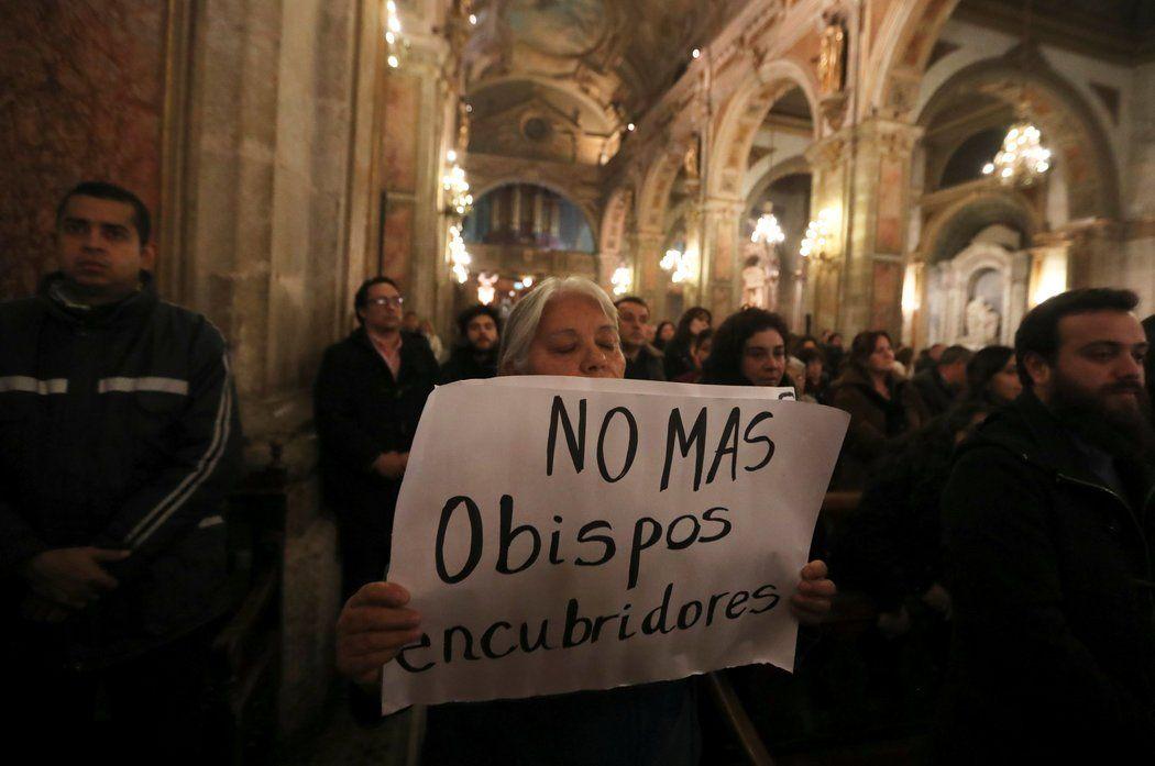 Estiman que dentro de la Iglesia argentina hay 1.300 agresores sexuales
