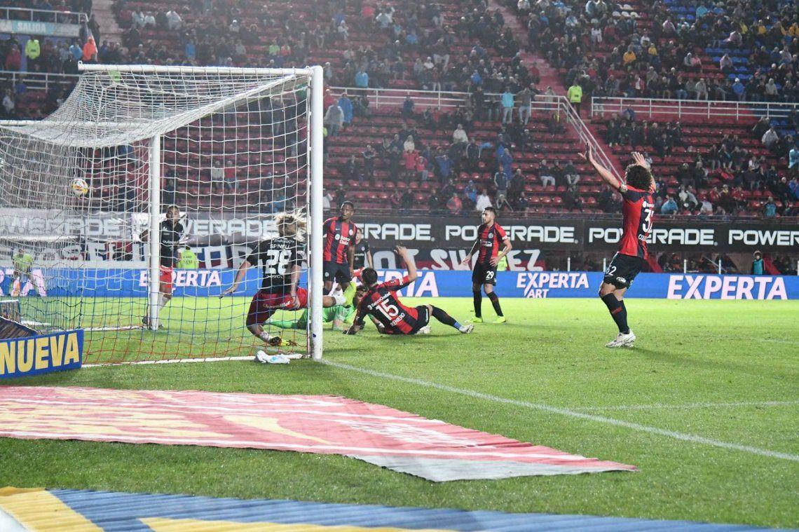 Argentinos encontró el gol que necesitaba y dejó afuera a San Lorenzo