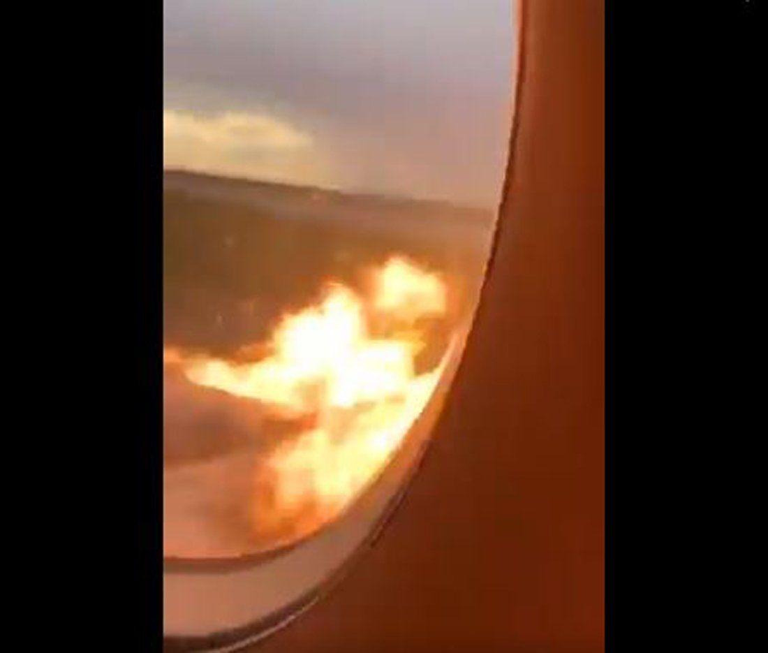 Rusia: el dramático y perturbador video del incendio desde adentro del avión