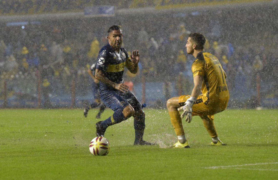 El triunfo de Boca bajo la lluvia, en fotos