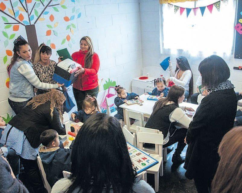 Florencio Varela: un jardín de infantes para hijos de mujeres que purgan una condena