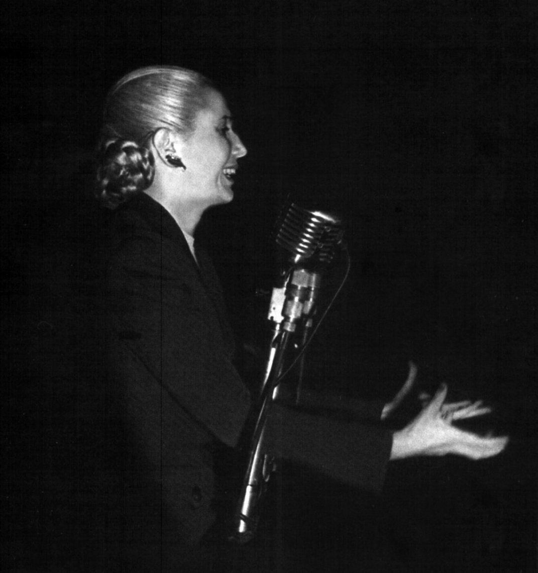 Evita: La abanderada de los humildes, vigente a un siglo de su nacimiento