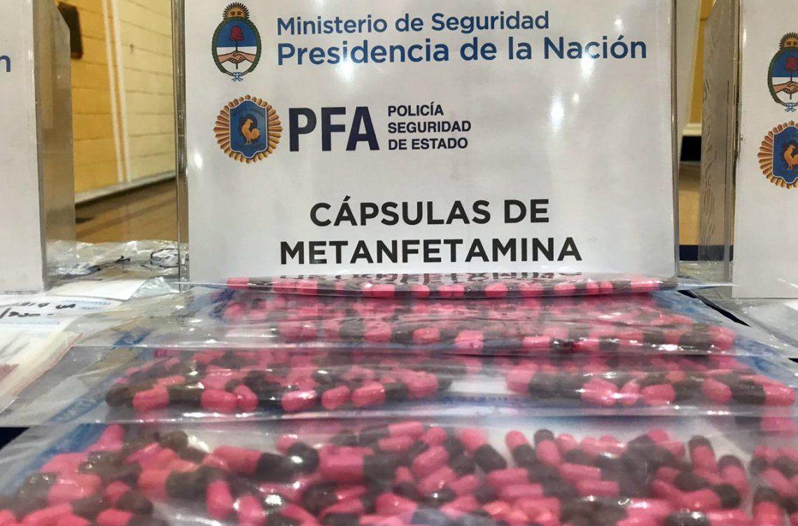 Decomisan cargamento de drogas sintéticas en Flores