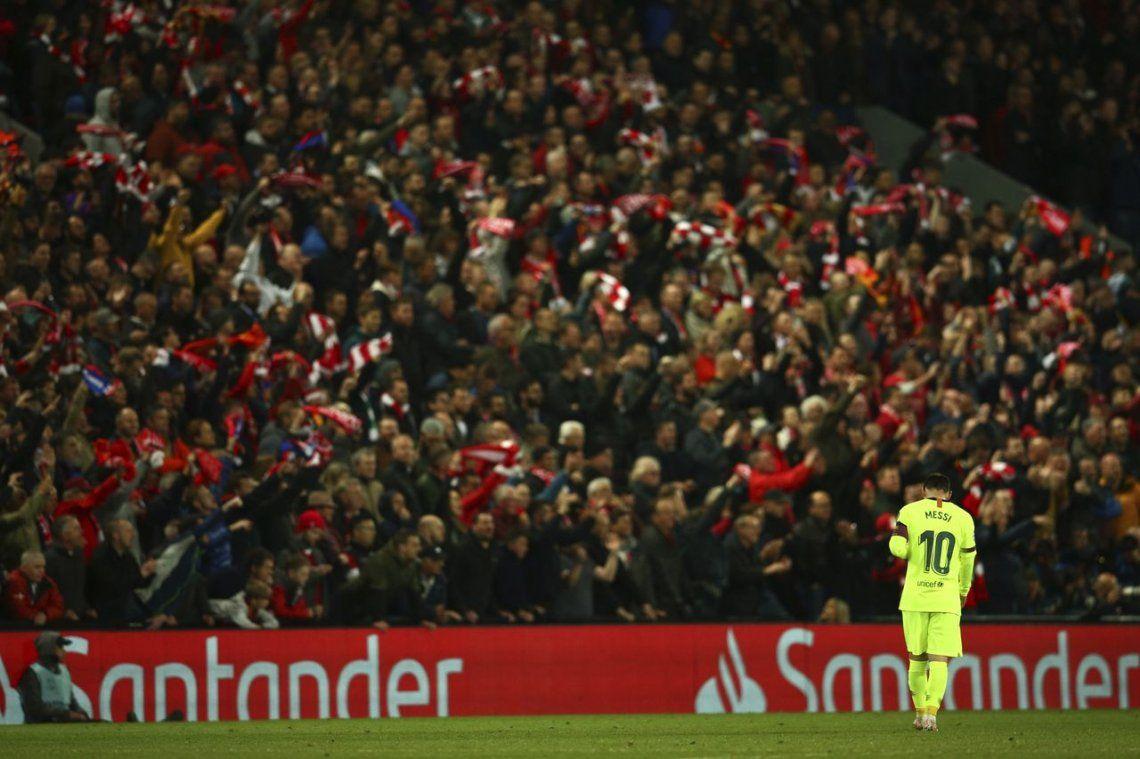 Según la prensa española, Messi se escondió entre los centrales durante la eliminación de Barcelona ante Liverpool en la semifinal de la Champions League