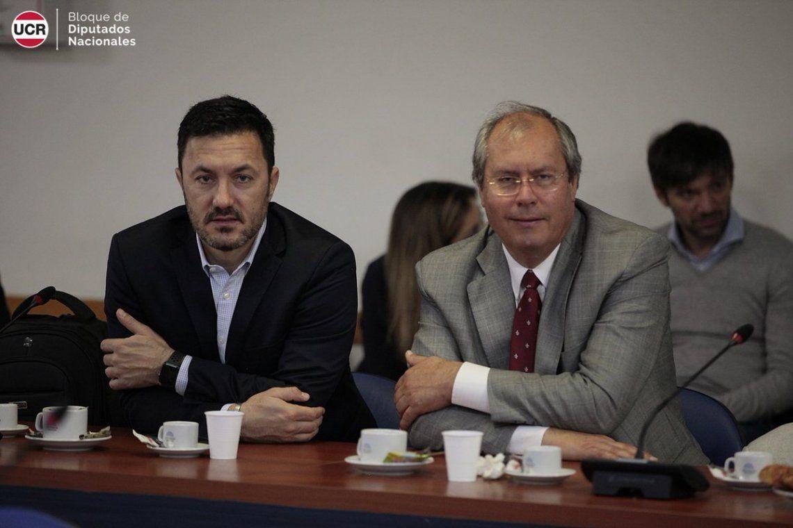 El arco político se solidarizó con Héctor Olivares tras el atentado en el Congreso