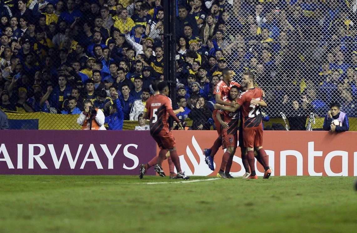 Bomba de Tiago Nunes, DT de Atlético Paranaense: Si no hay VAR en La Boca no se gana, es imposible