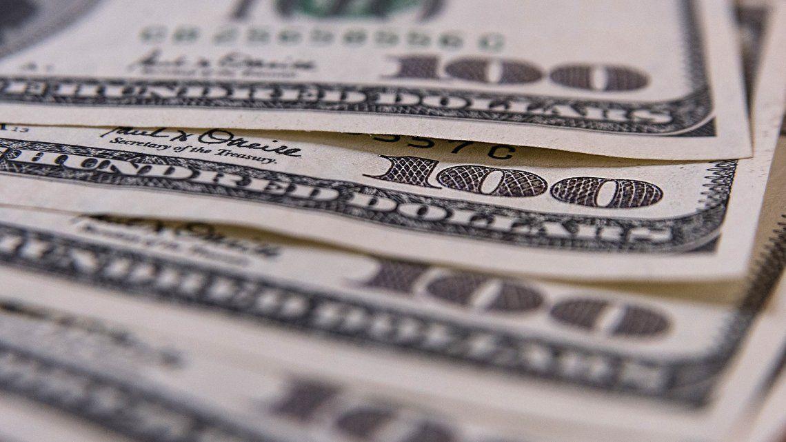 Tras perforar la barrera de los $46, el dólar permaneció estable