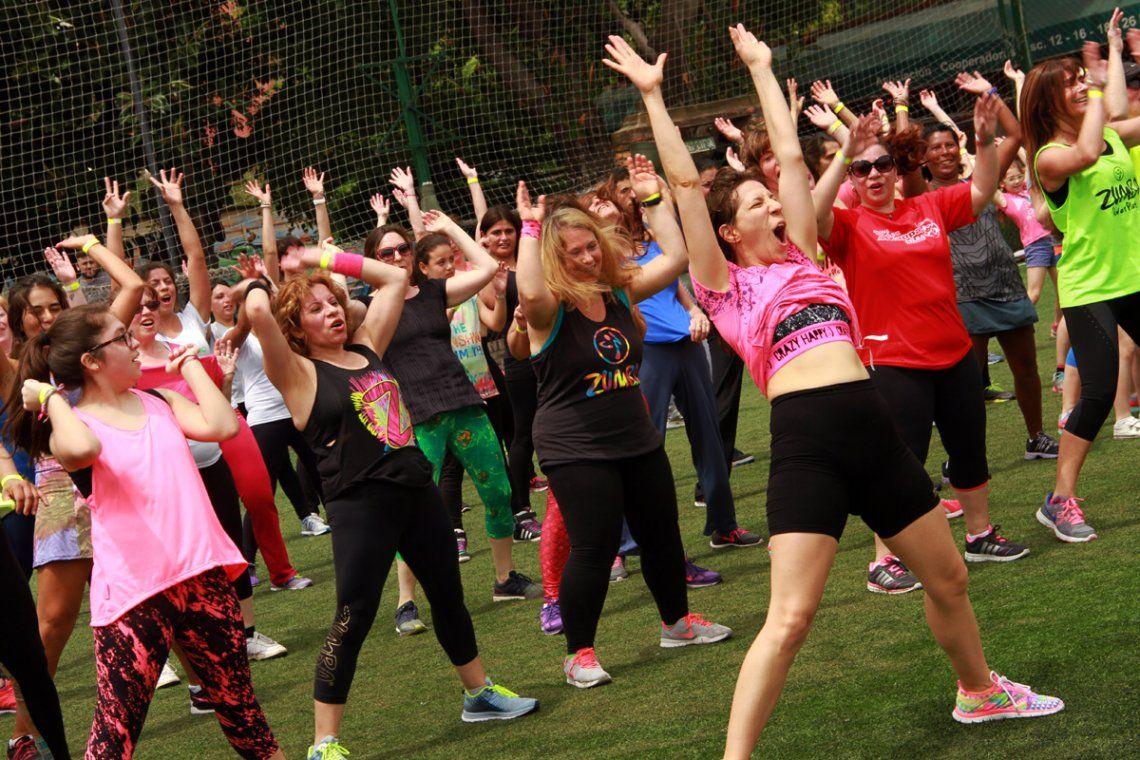 Zumba: los beneficios de entrenar bailando