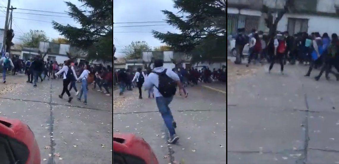 Adolescentes se convocan por redes sociales para pelear y se enfrentan en plazas de General Rodríguez