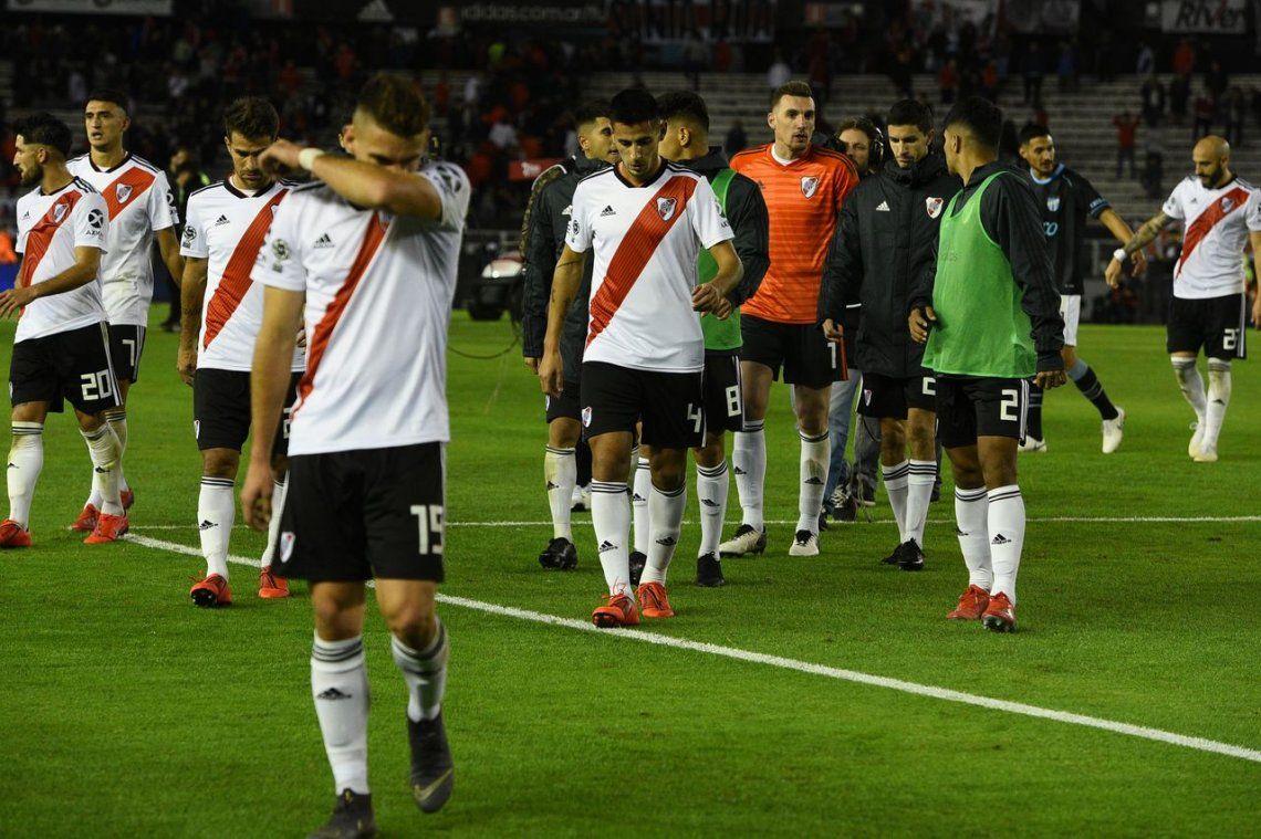 River goleó a Atlético Tucumán, pero no le alcanzó para llegar a la semifinal de la Copa de la Superliga