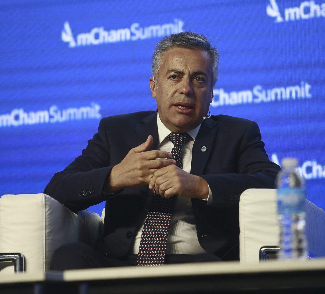 El gobernador mendocino generó tensiones con sus dichos en la AmCham.