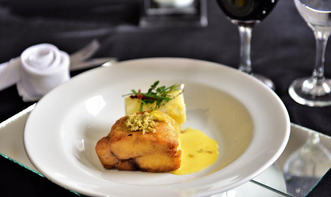 El surubí es uno de los pescados de río que tienen lugar en la cocina de Paraná; es una cocina donde se valorizan las materias primas.