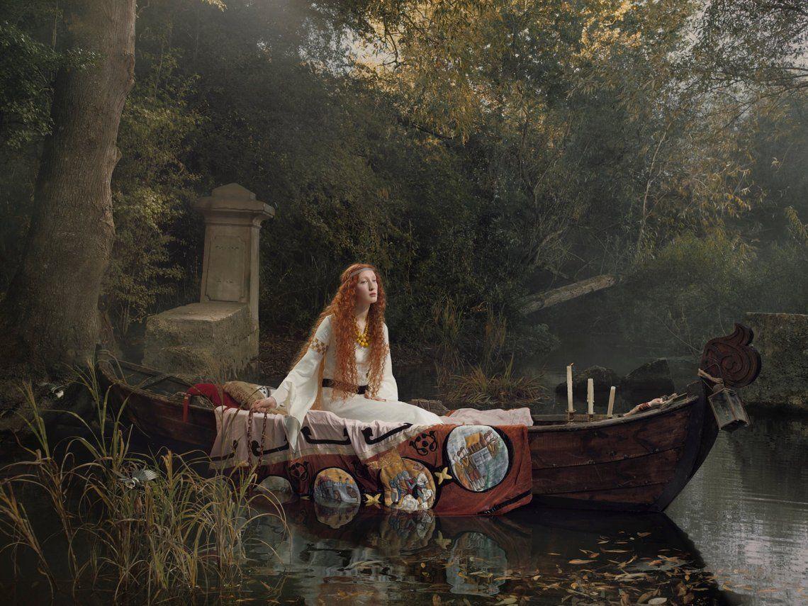 The Lady of Shalott - Art on a Postcard