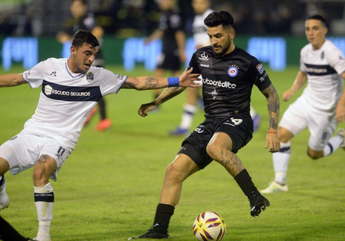 ArgentinosJuniors venció a Gimnasia de La Plata y se metió en semifinales de la Copa de la Superliga