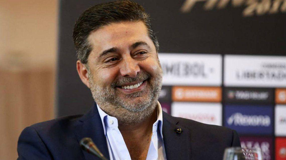 Angelici: No voy a decir qué pidió Riquelme, dejemos que el hincha de Boca siga teniendo un ídolo