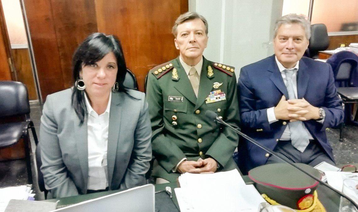 Milani realizó una extensa declaración sin esposas y con uniforme militar con sus insignias.
