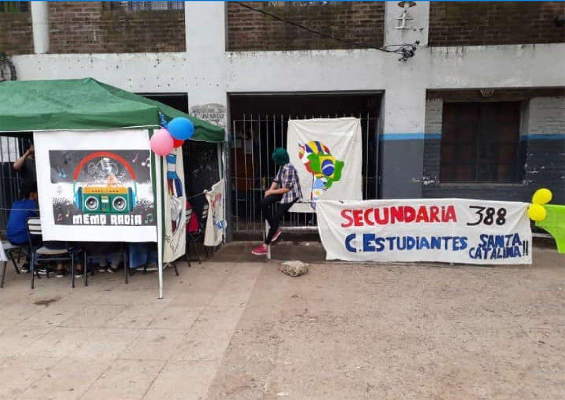 Lomas de Zamora: tras los reclamos, desdoblaron el curso que tenía 60 alumnos