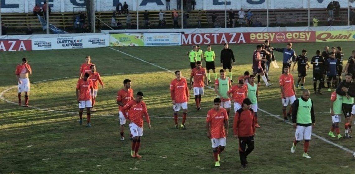 Escándalo en puerta: Deportivo Español reclamó los puntos, y el descenso y el Reducido de la B Metro podrían cambiar