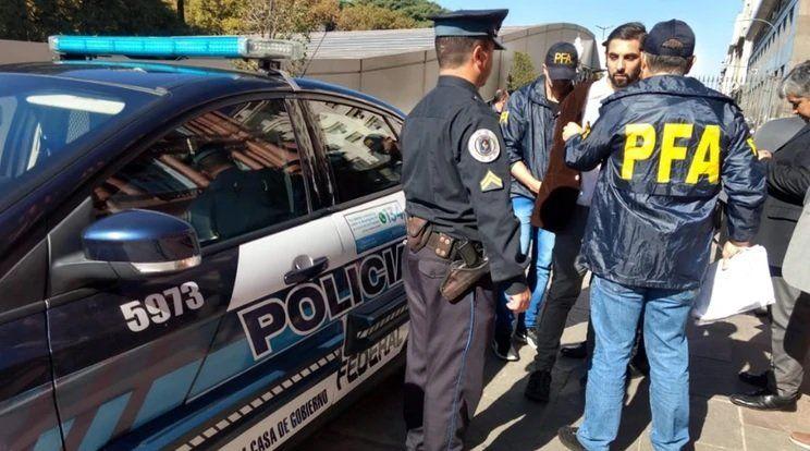 Habló el hombre armado que intentó ver a Macri en Casa Rosada: Quise llamar la atención y me salió mal