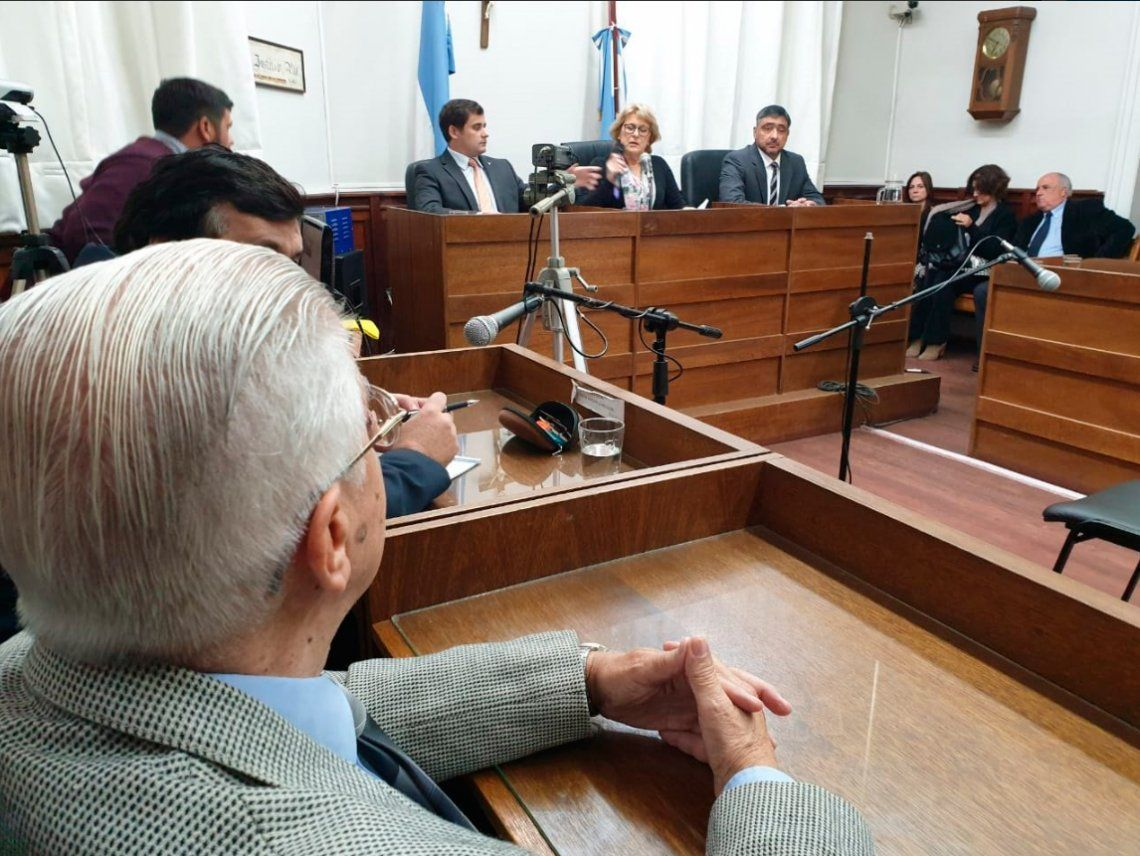 El ciudadano ilustre Gustavo Rivas fue condenado a 8 años de prisión: no irá a la carcel ni tendrá prisión domiciliaria