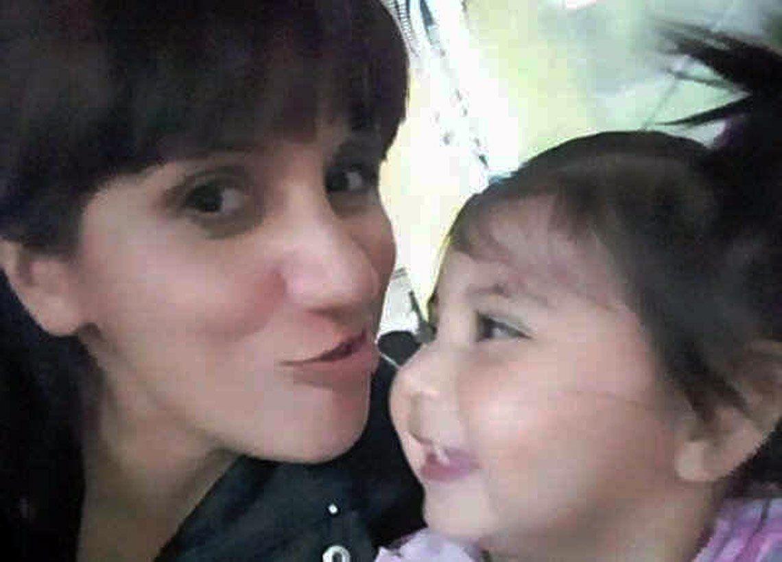 Asesinó a martillazos a su ex mujer y a su beba de dos años