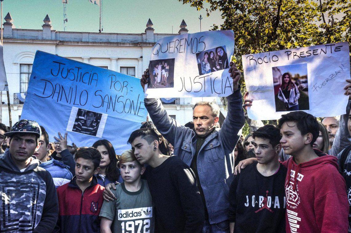 San Miguel del Monte: detuvieron al director de Seguridad y a otros tres policías por la masacre