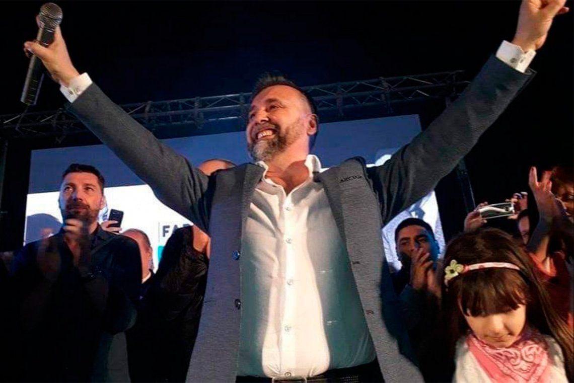 Pitronaci homenajeó a Néstor Kirchner ante un club colmado