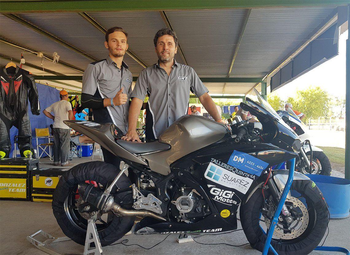 Tobías González quiere lograr grandes resultados con su moto.