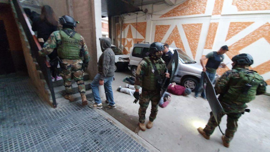 Quilmes: caen la dueña de un boliche y un peligroso dealer
