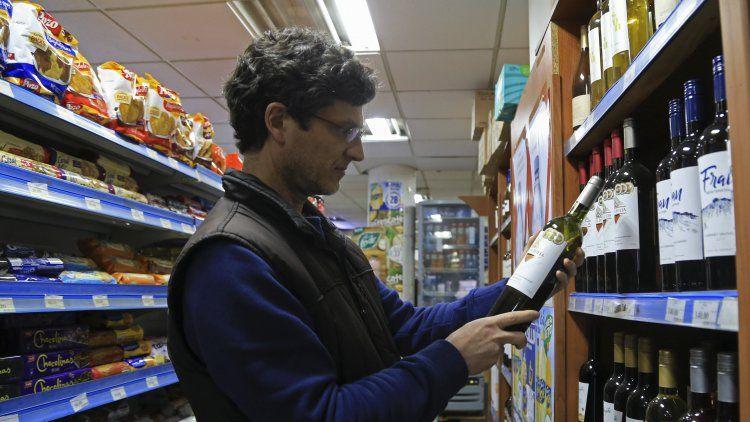 El consumo den supermercados y shoppings sufre nueve meses consecutivos de continua caída.