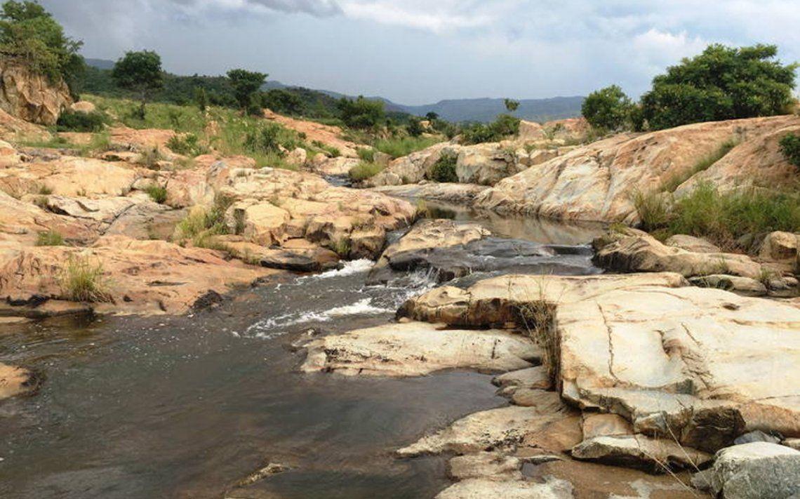 Encuentran materia orgánica extraterrestre en una cadena montañosa de Sudáfrica