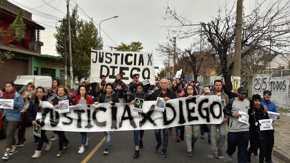 Cuatro policías fueron apartados tras la muerte de un joven en Martín Coronado