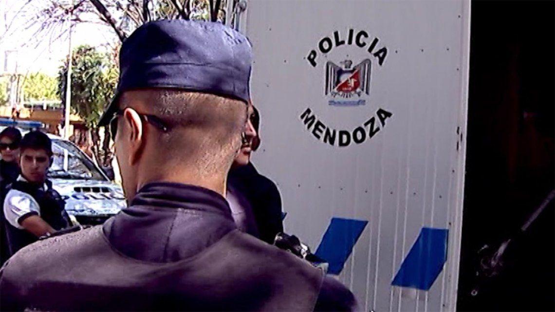 Mendoza: detuvieron a un empleado municipal con pornografía infantil