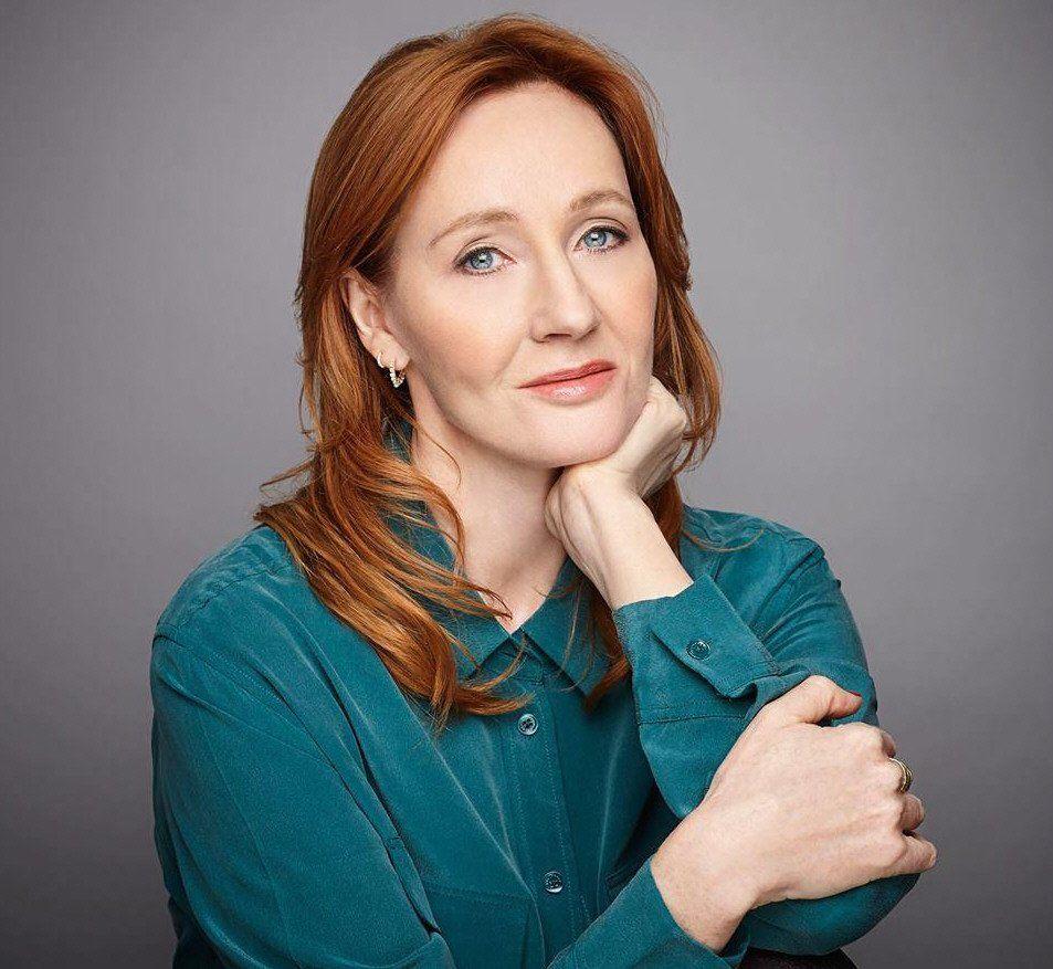 J.K. Rowling lanzará cuatro nuevos libros de Harry Potter en junio