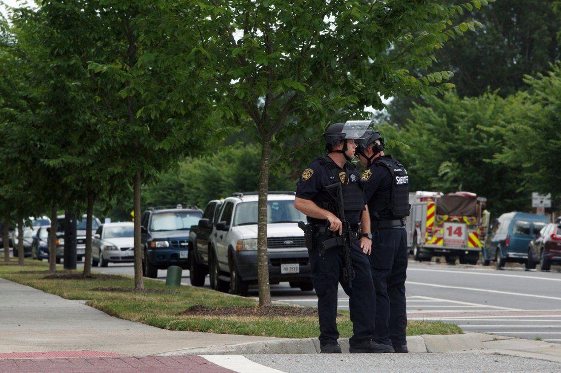 Estados Unidos: al menos 11 muertos y 6 heridos en un tiroteo en un edificio público de Virginia Beach